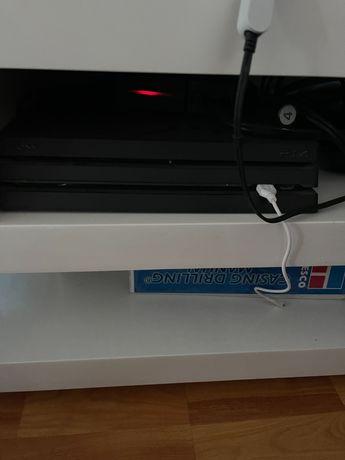 PS4 Pro 4k 1 TB plus multitudine de jocuri