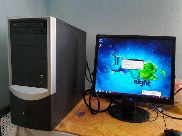 Компьютер для работы и мини-игр