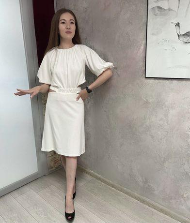 Платья костюмы брюки свитшоты
