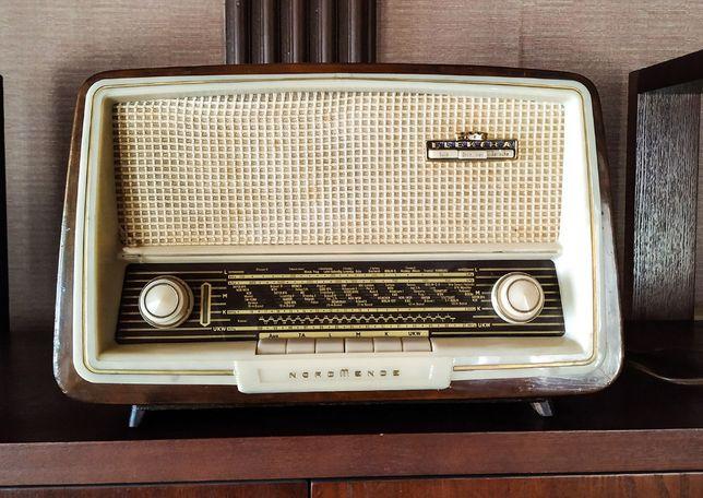 ламповый радиоприёмник NORDMENDE ELEKTRA