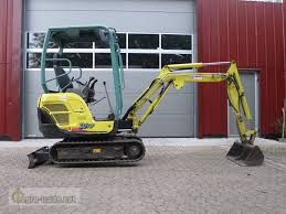 Vand mini excavator yanmar sv17 2680 ore functioneaza perfect 2010