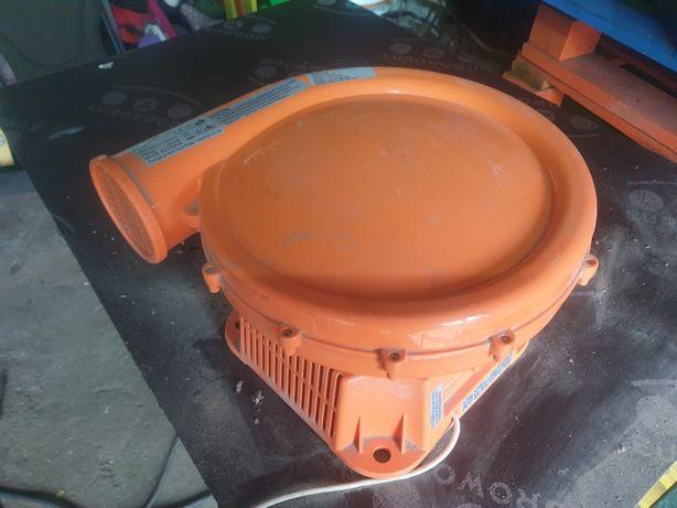 Pompă de aer pentru,topogane,tranbuline etc 680w