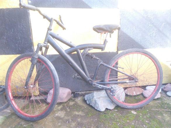 Велосипед колело с подарък