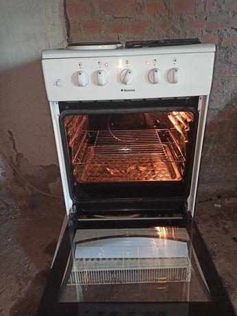 Электроплита состояние отличный все работает, духовка работает