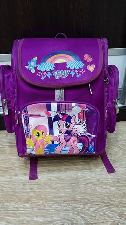 Продам детский школьный рюкзак