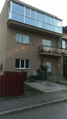 Inchiriez casa zona Straulesti