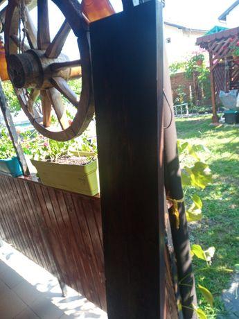 Vând dulapi lemn