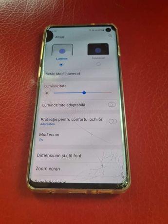 Vand  Samsung Galaxy s10 fisurat pe față