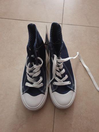 Детски спортни обувки 33н