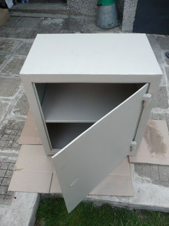 Метални каси/сейф 2 броя