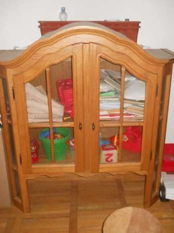 Vand mobila sufragerie din lemn masiv-900 RON