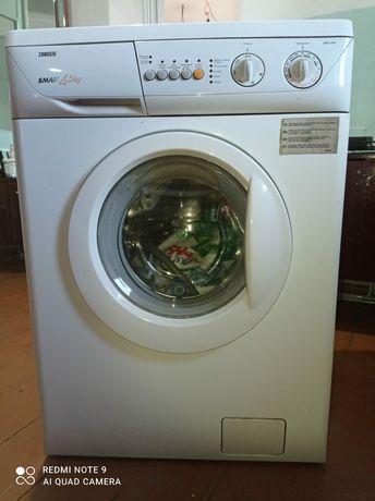 Стиральная машина Zanussi 4.5кг