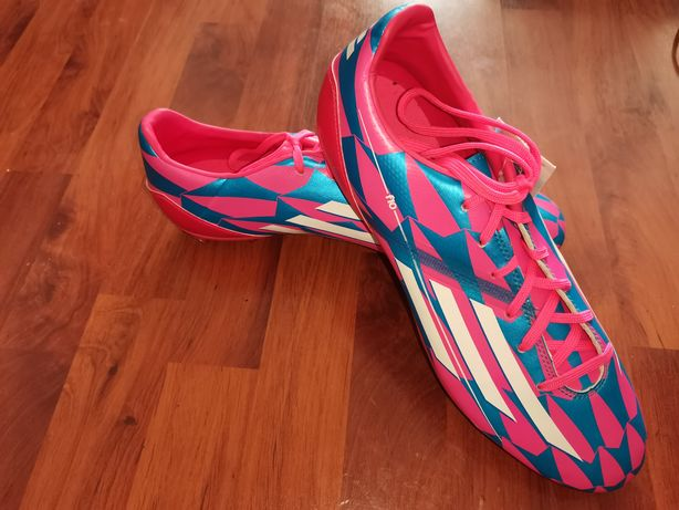 Ghete de fotbal Adidas F10 noi