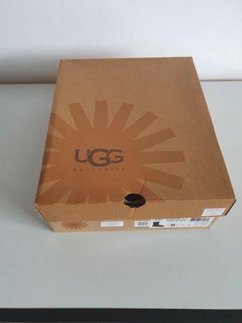 Ugg dama Classic Short Leather