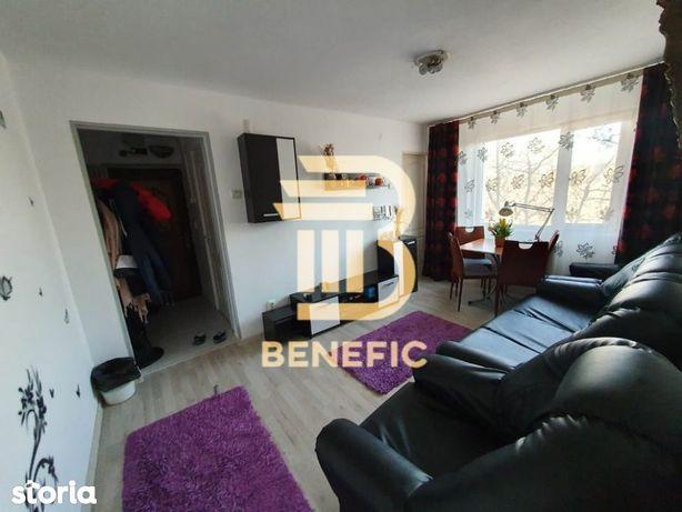 Vanzare apartament 3 camere, zona Vest (Id 178)