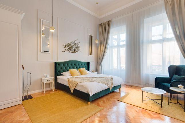 Vand apartament ultrafinisat 125 mp pe Eroilor, cu preluare chirias