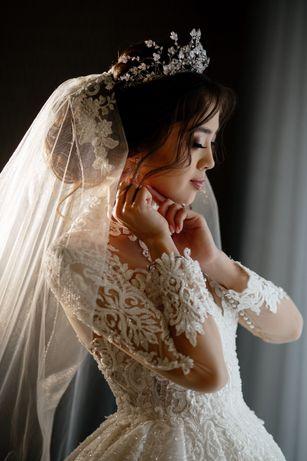 Продается шикарное свадебное платье в цвете айвори