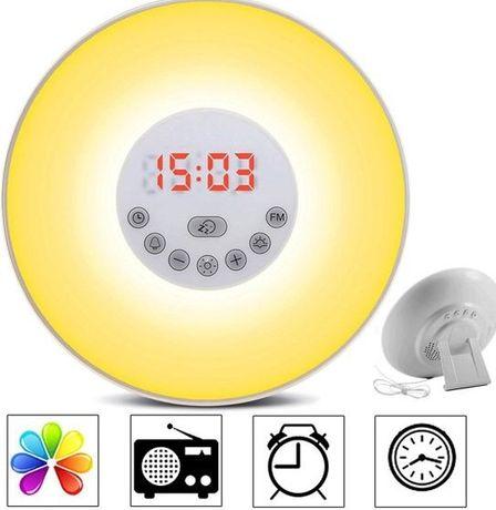 Радио часовник със симулация на изгрев и залез