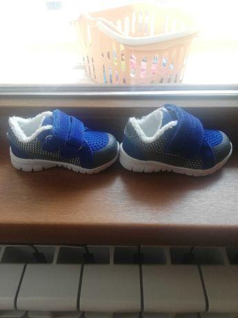 Детски маратонки Бенетон и обувки pamily Baby