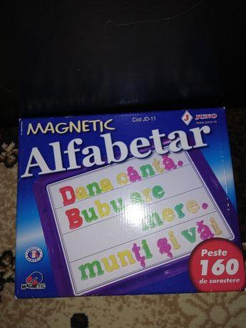 Alfabetar magnetic cu tăblița