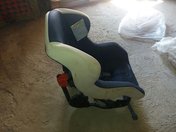 Продам срочно авто детское кресло
