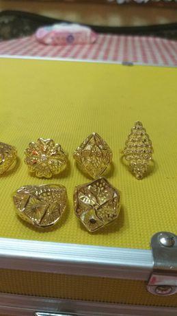 Дамски пръстени различни модели