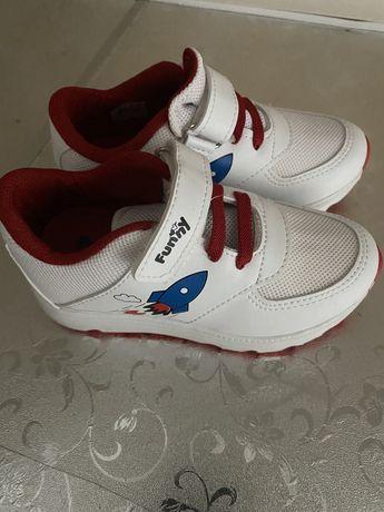 Детские турецкие кроссовки 25 размер