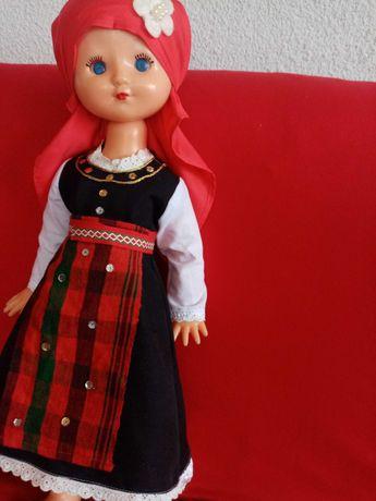Кукла в  народна носия