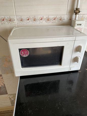 Срочно!Микроволновая печь