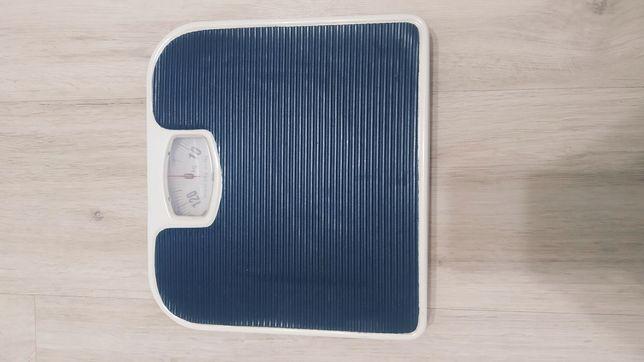 Продам весы в отличном состоянии!