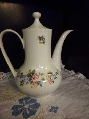 Ceainic/ Ulcior cafea din porțelan Winterling Roslau Bavaria Vintage