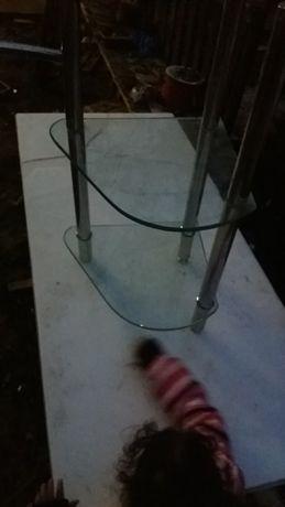 Raft baie din sticla