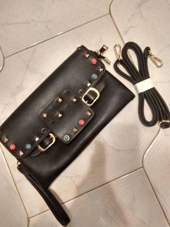 Дамска черна чантичка