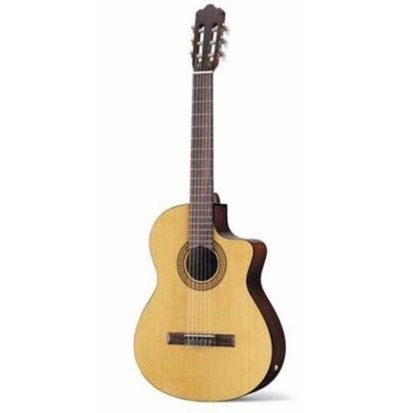 Продам классическую гитару Walden