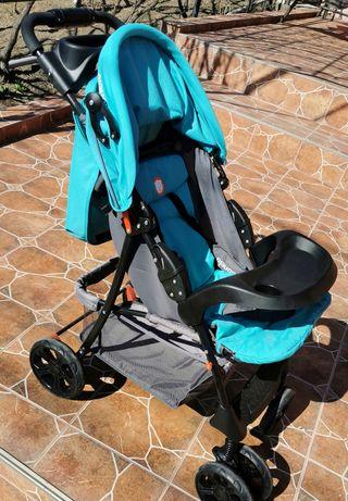 Vând cărucior sport foarte bine întreținut și curățat periodic!