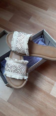 Обувки/сандали размер 37