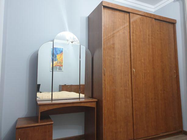 Продам спальный гарнитур Шатура