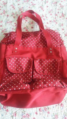 Чанта червена на точки