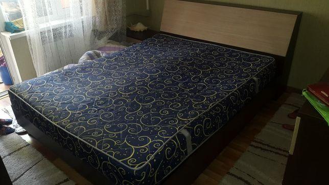 Продам двуспальная кровать
