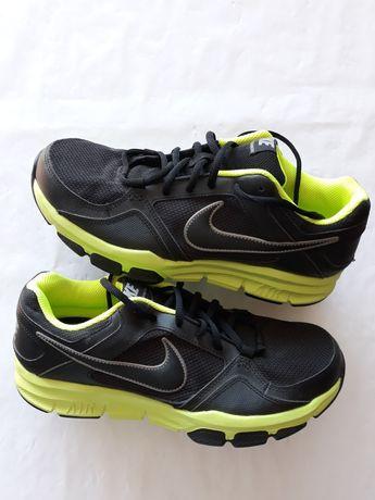 Nike Air nr 43 nou