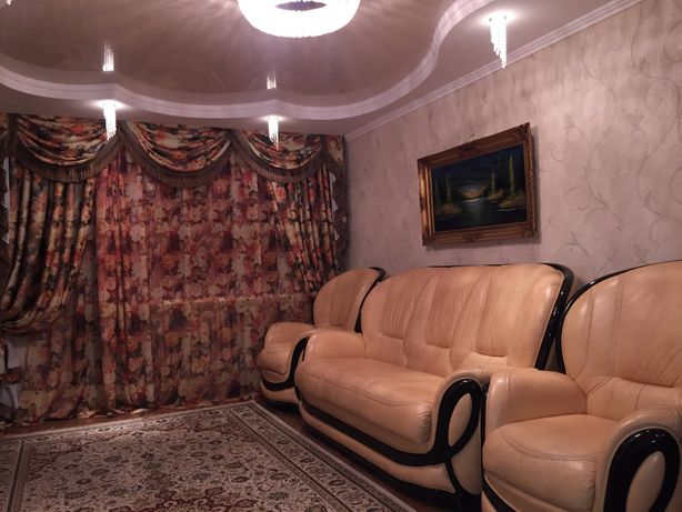 Продается 4-х комнатная перепланированная квартира, с евроремонтом.
