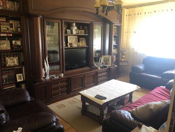 Apartament 3 camere, decomandat