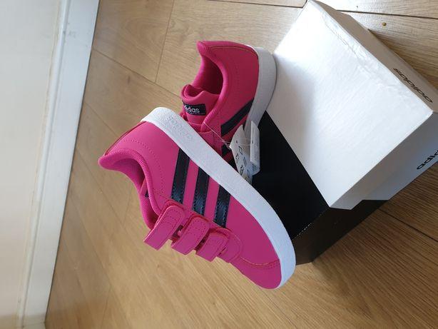 Adidas VL.Court nr. 33,35