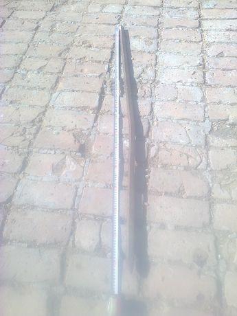Квадратен метален кол със заострен връх-150см