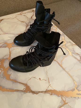 Продам стильные ботиночки