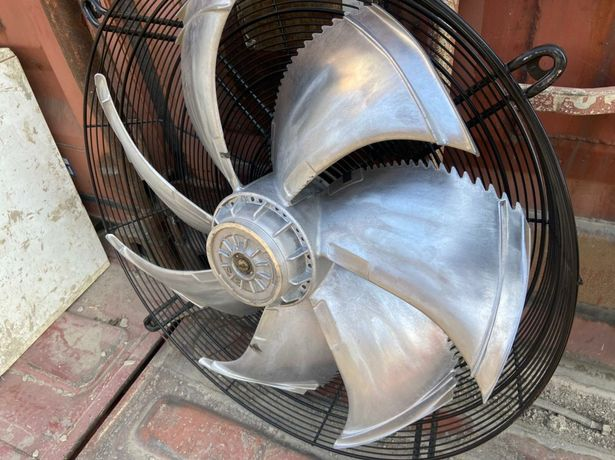 Вентелятор центробежный 3ф 750мм