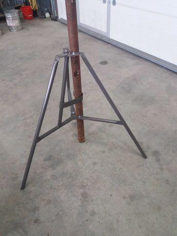 Триноги и Вилици(шапки) за телескопични подпори
