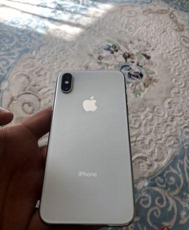 Продам iPhone X в отличном состоянии