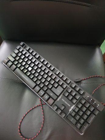 Продам игровую клавиатуру Red Square, с разными подсветками! СРОЧНО!