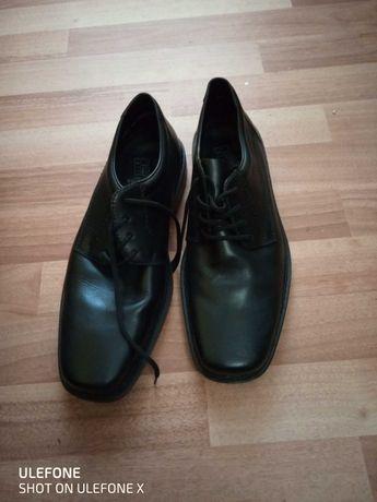 Продавам оригинални обувки